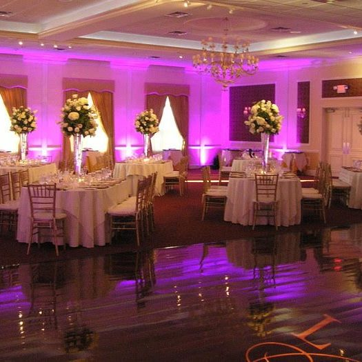 Tennessee's Favorite Wedding DJ - Entertainment, Photo Booth, Lighting
